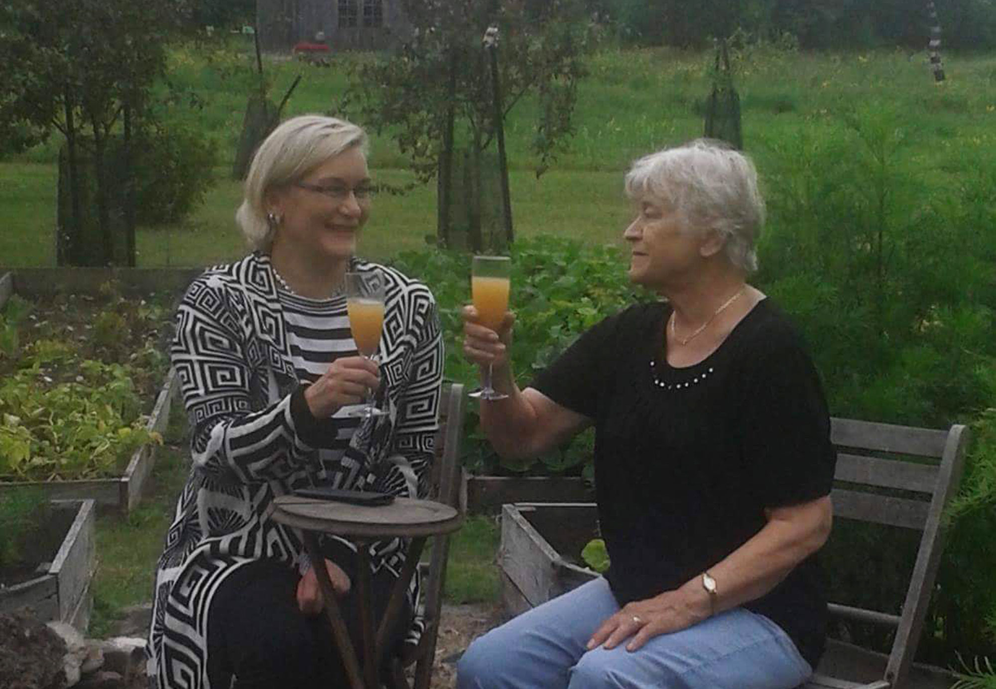 Hoiva ja Kivi | Vanhusten kaveripalvelut | Kotka